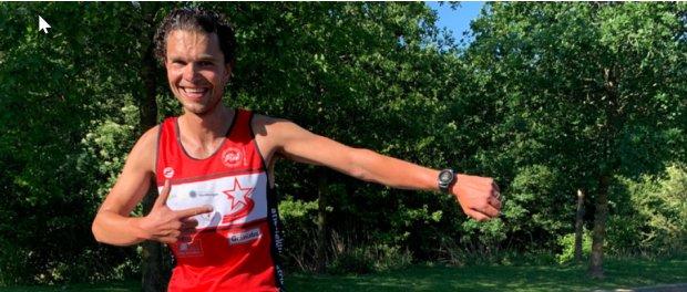 Ricardo Floris duikt onder het half uur op de 10 kilometer